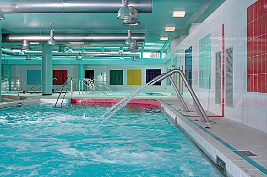 Hotel termale nel lazio con 6000 mq di bagni e piscine di for Piscine esterne offerte