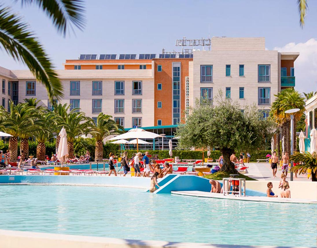 Hotel a tivoli terme con centro benessere e spa perfetto - Parco tivoli piscina ...
