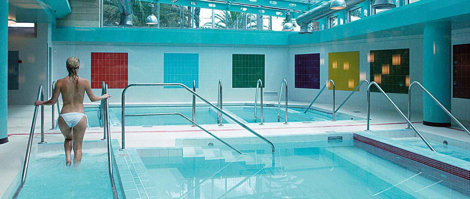 Hotel termale nel lazio con 6000 mq di bagni e piscine di acqua termale victoria terme hotel - Hotel con piscina termale toscana ...
